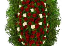 Венок из живых цветов №12