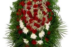 Венок из живых цветов на похороны /купить венок из живых цветов на похороны  в Москве